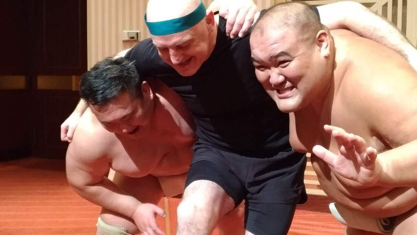 神秘的なスポーツ相撲